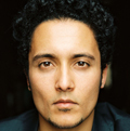 Der deutsche Schauspieler mit Migrationshintergrund